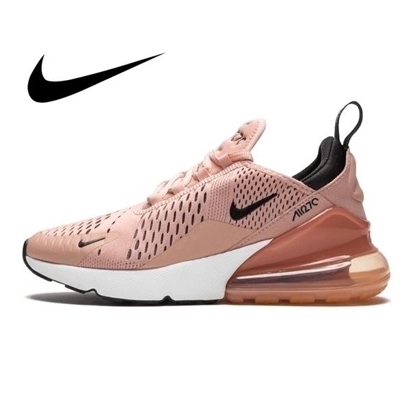 נעלי סניקרס נייק