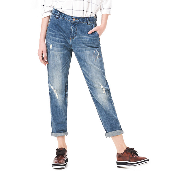 ג'ינס בגזרת – MOM