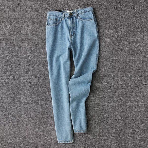 ג'ינס בגזרת אמא -2019