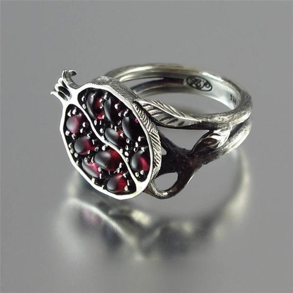 טבעת עץ הרימון