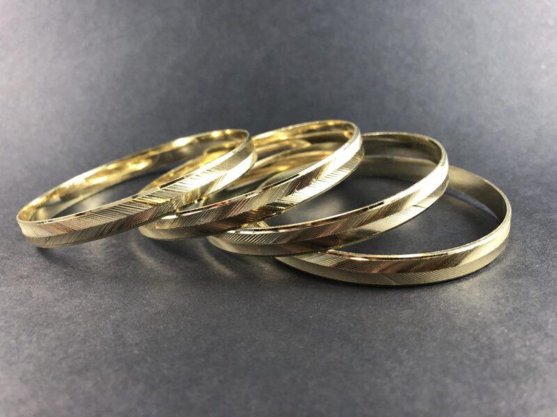 צמיד בציפוי זהב דגם OR