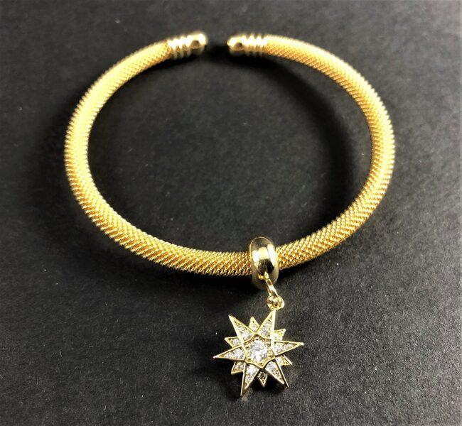 """צמיד רשת פתוח בציפוי זהב דגם """"כוכב הצפון"""""""