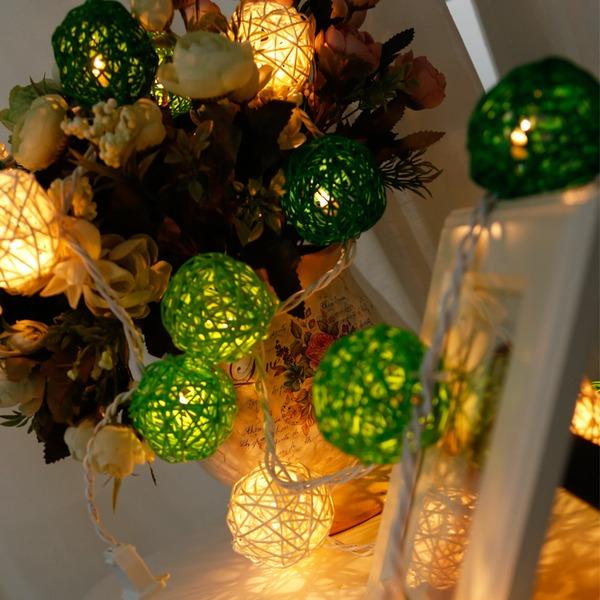 שרשרת כדורי תאורה לעיצוב