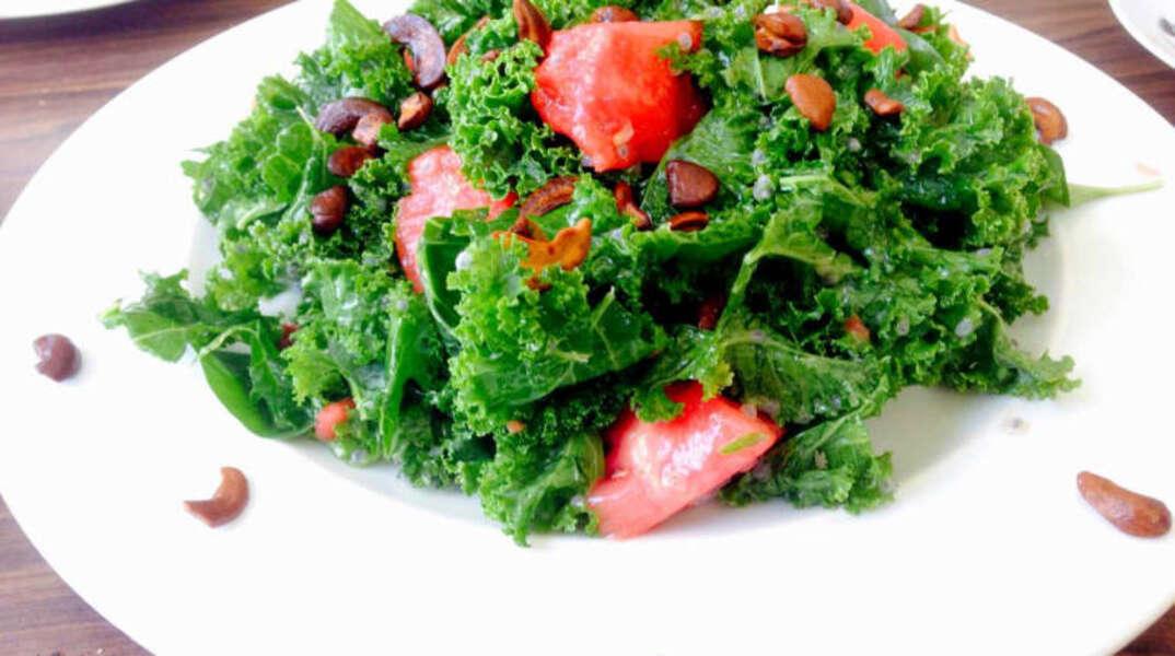 """טבעונים ונהנים – סיור אוכל טבעוני בת""""א"""