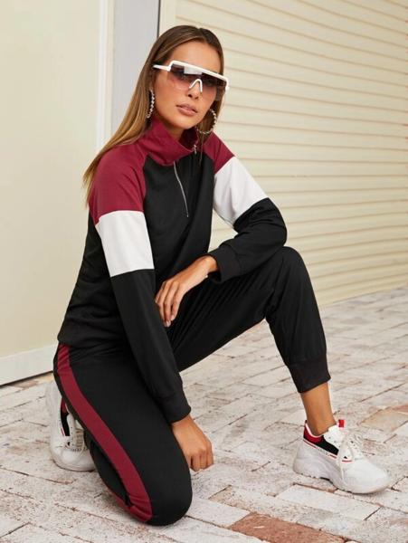חליפת טרנינג ספורטיבית נשים