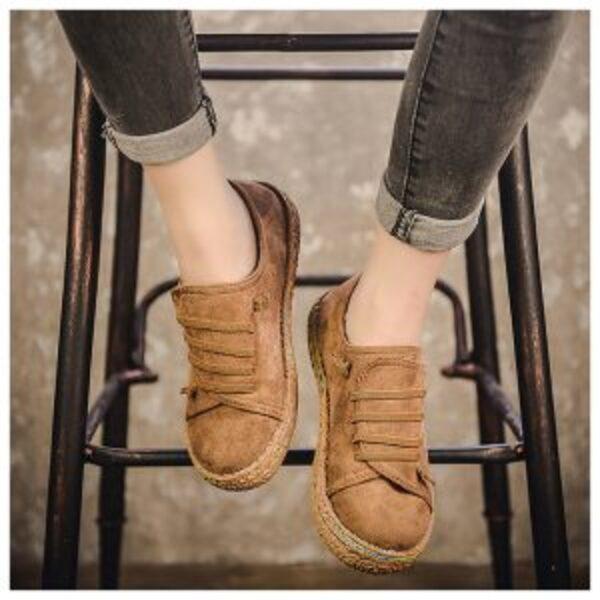 נעלי זמש נשים בסגנון סניקרס