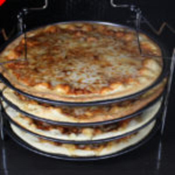 סט פיצה 5 חלקים להכנת 4 מגשי פיצה ביתית