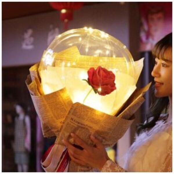 ורד בתוך בלון מואר-ערכת DIY