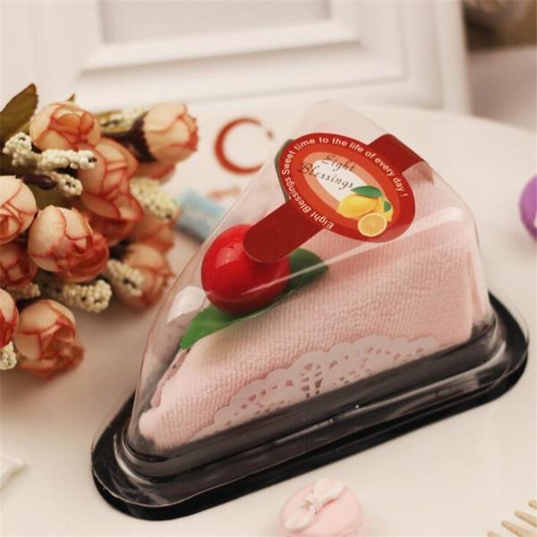 מטלית מטבח ארוזה בעיצוב פרוסת עוגה