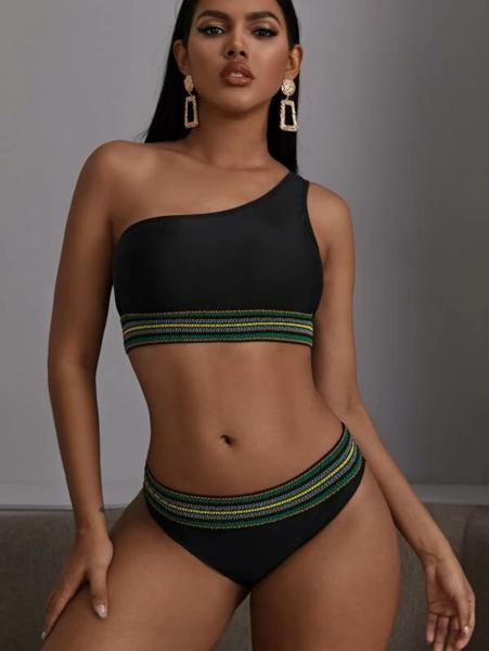 בקיני נשים כתף אחת בסגנון ג'מייקה