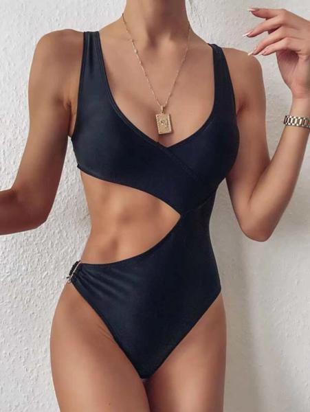 בגד ים שלם Cut-out לנשים