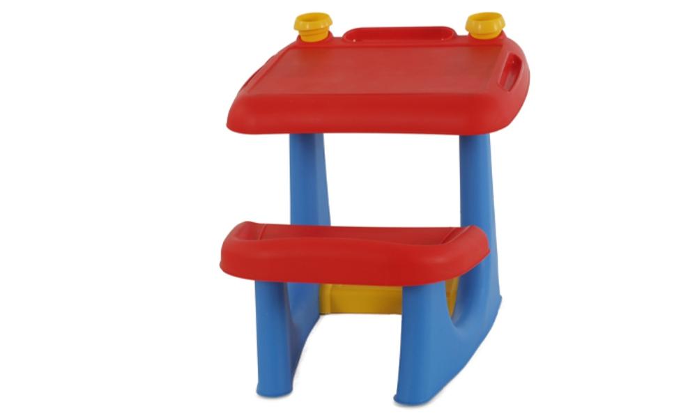 שולחן ילדים לבית ולגינה של כתר