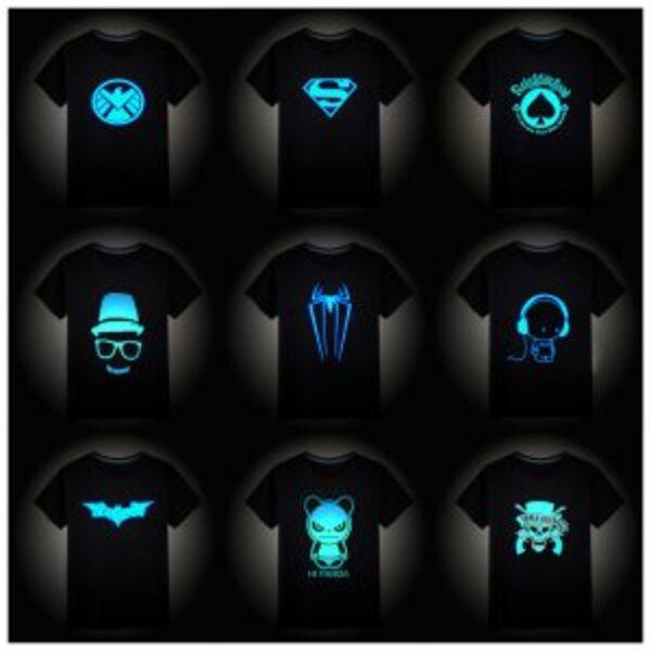 חולצת טישרט זוהרת בחושך במידות 3-15 שנים